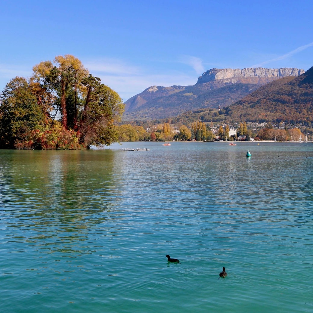 Image of Lake Annecy