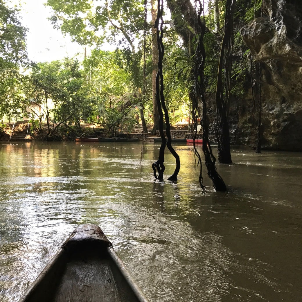Image of canoeing in Belize