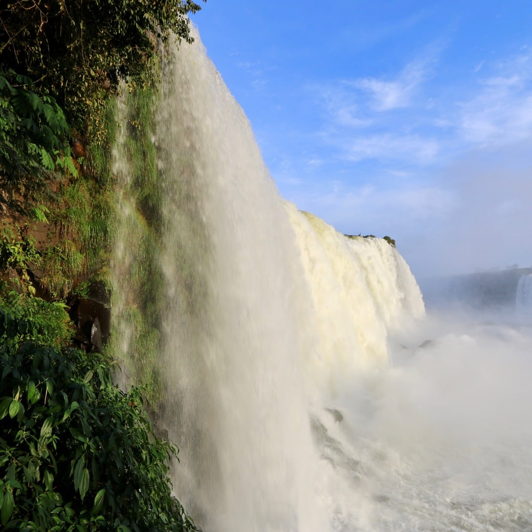 Image of Iguazu Falls in Brazil