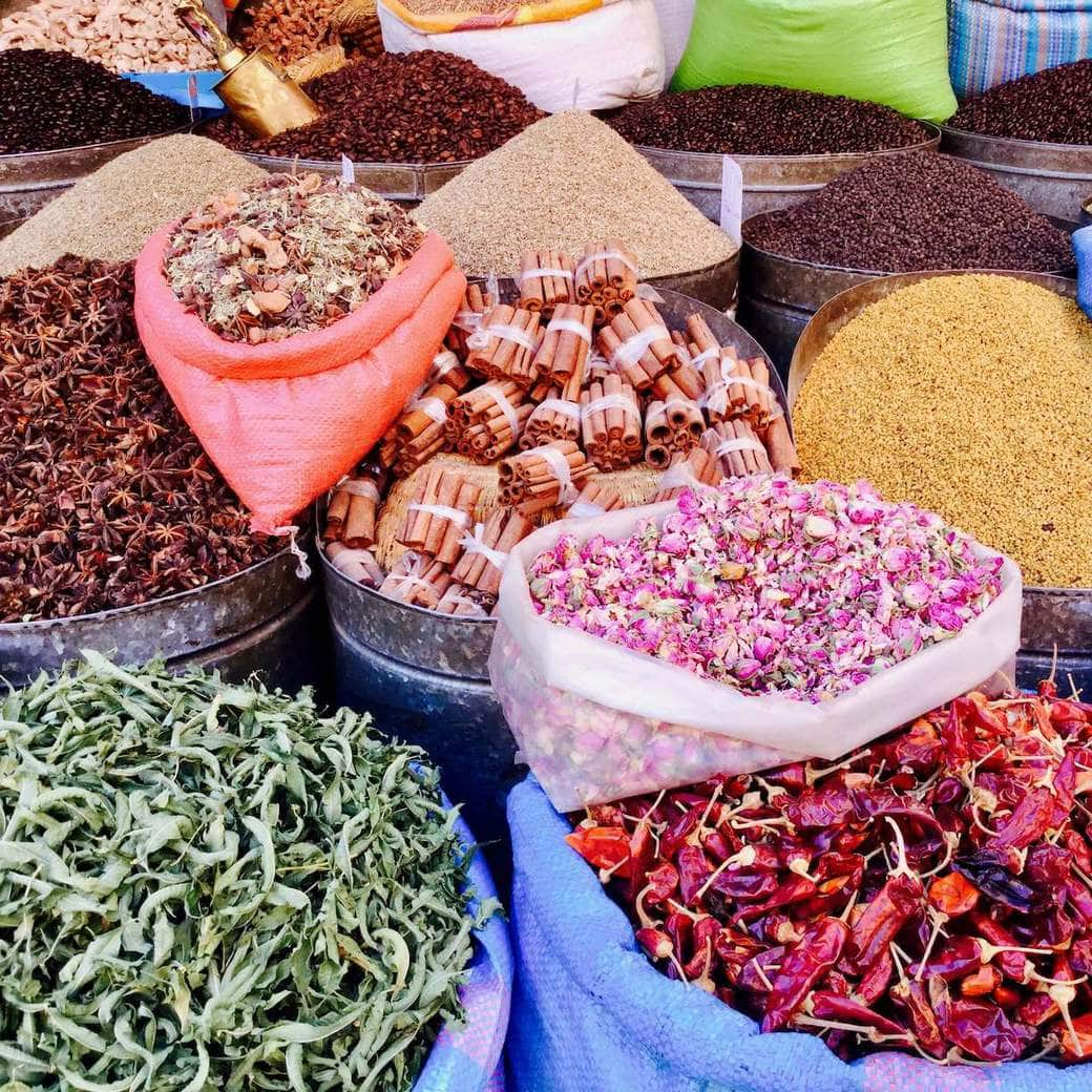 Image of souk offerings