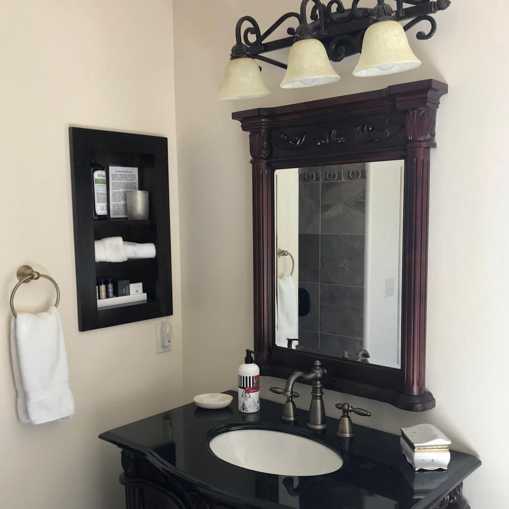 Image of Rincon bathroom