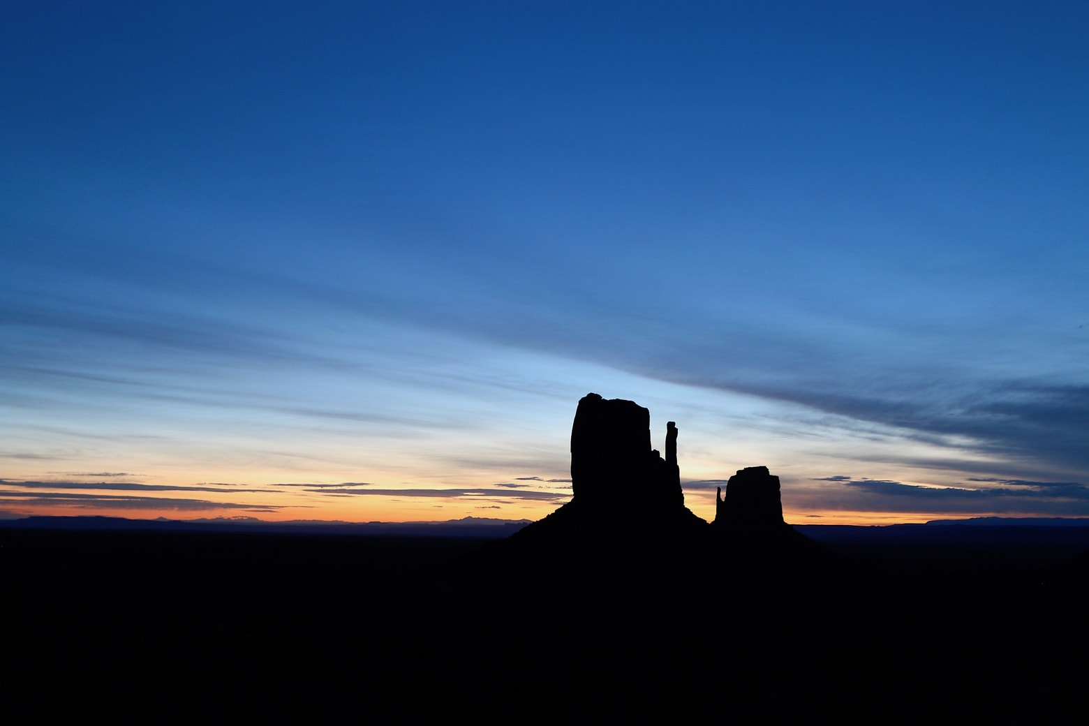 Magnificent sunrise in Monument Valley