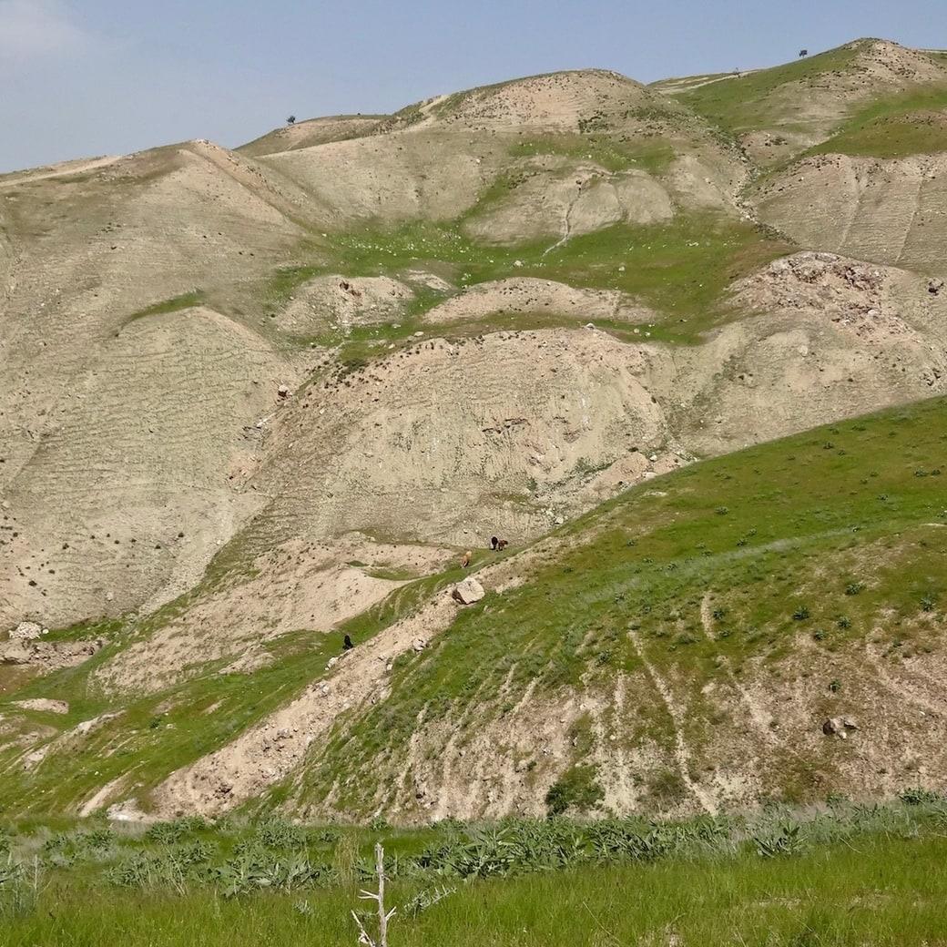 Hiking near Kurgan-Tyube in Tajikistan