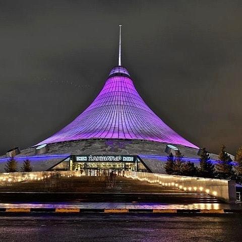 Khan Shatyr entertainment complex in Kazakhstan