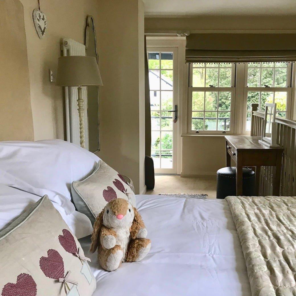 Teal Nook bedroom