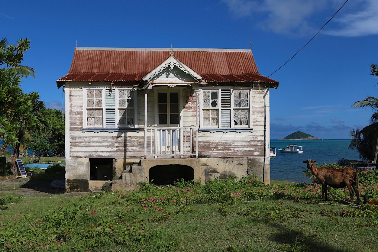 Charming old house in Windward